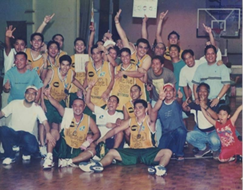 SUBOKIN basketball club's happy days then with the late Roldan Lagbas, seated (2nd from left) at front row. (Supplied Photo)
