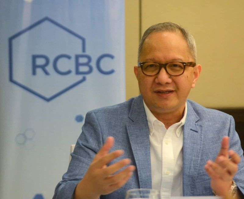 NEW ROLE. Cebuano banker Eugene Acevedo will lead Rizal Commercial Banking Corp.'s strong bank network in the country which now comprises 507 branches. (SUNSTAR FOTO / ARNI ACLAO)