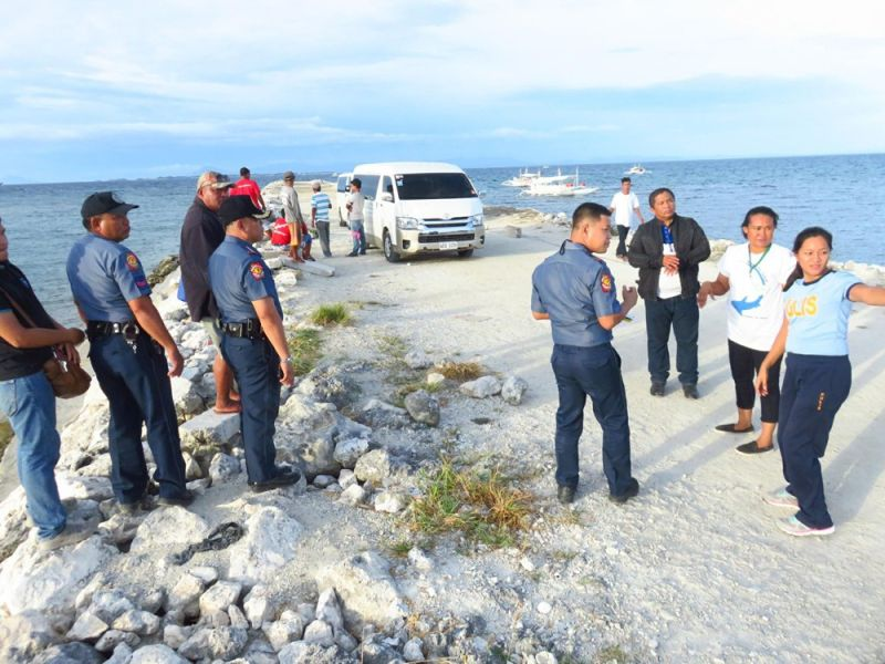 THREAT ON HIS LIFE. In May 2018, five men shot at the party of then Daanbantayan mayor Vicente Loot in the town's New Maya Port in Barangay Maya. Loot and his family escaped unscathed, but three persons, including his driver and his grandchild's nanny, were injured in the ambush. (SUNSTAR FILE)