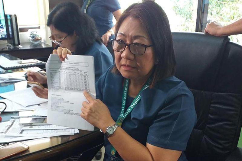 ILOILO. Department of Health Regional Director Marlyn Convocar discusses the Dengue cases in the region together with the Iloilo media on July 15 at the DOH-6 Office. (Photo by Carolyn Jane Abello)