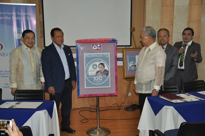 MANILA. (From left to right) Ambassador Manuel A.J. Teehankee, PHLPost Assistant Postmaster General Luis D. Carlos, former Chief Justice Hilario Davide Jr., and Artemio Panganiban formally unveiled the CJ Teehankee Birth Centenary Commemorative Stamp honoring the life and works of the late Chief Justice. (Contributed photo)
