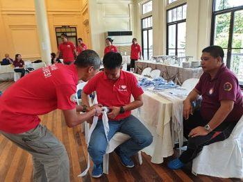 BACOLOD. Capitol employees underwent training on how to respond to emergencies held at the Social Hall of the Provincial Capitol Building. (Photo by Carla N. Canet)