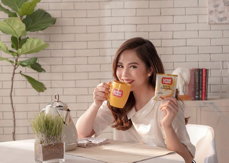 MANILA. Great Taste White launches its new White Caramel variant with its new ambassador, actress and singer Janella Salvador. (PR)