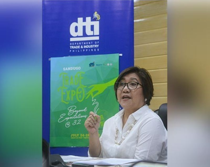 PERFECT PLATFORM: Department of Trade and Industry 7 Director Asteria Caberte says trade fairs are effective venues for micro, small and medium enterprises to showcase their products and gain market access. (Sunstar Photo / Arni Aclao)