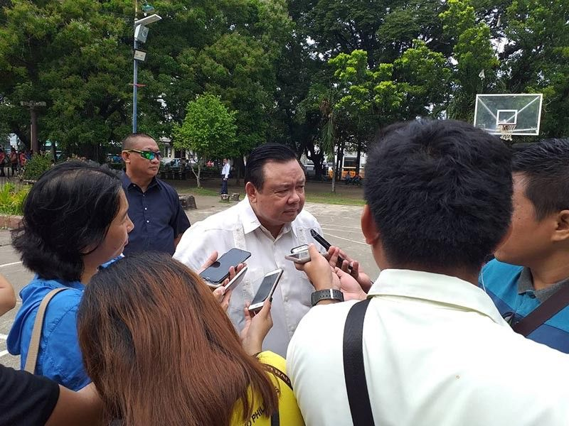 ILOILO. Iloilo City Mayor Jerry Treñas answers questions from the media in an ambush interview after the flag ceremony Monday, July 22, 2019, at Plaza Libertad. (Carolyn Jane Abello)
