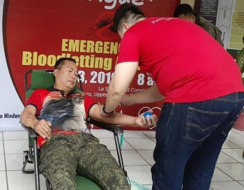 ZAMBOANGA. Lieutenant General Cirilito Sobejana, Western Mindanao Command (Westmincom) chief, donates blood Tuesday, July 23, for the benefit of dengue patients. The activity was initiated by Westmincom in partnership with other agencies and associations. (Bong Garcia)