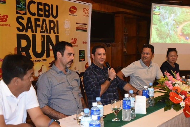 UNIQUE. Organizers of Cebu's first Safari Run (from left) Joel Suarez, Quinito Moras, Eduard Loop, Steve Maniquis and Carina Escario-Sales promise the 1,000 participants a unique race experience. (SunStar Photo/Allan Cuizon)