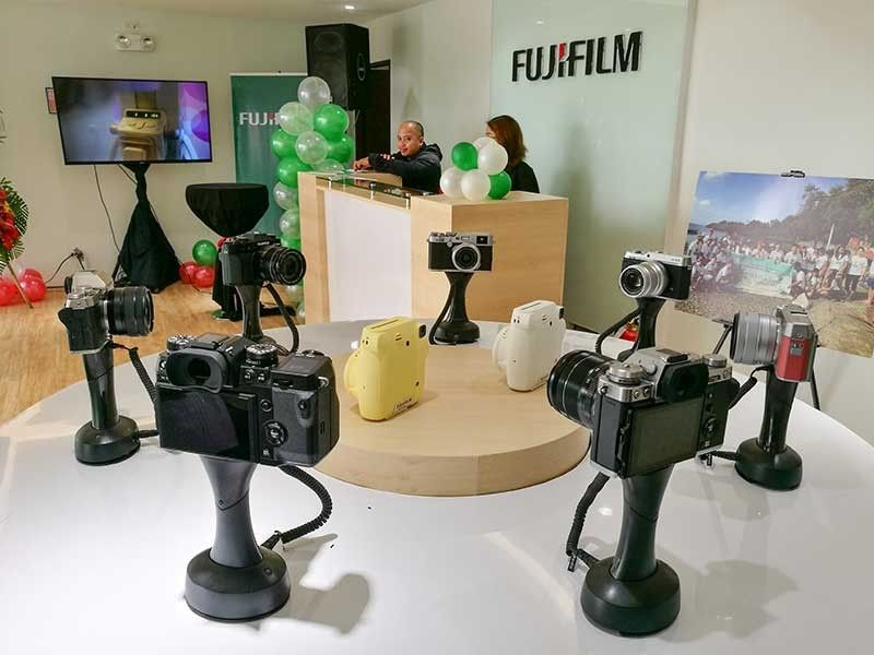 BULLISH. Amid the proliferation of camera-abled smartphones, Fujifilm Philippines remains confident of growing its business as hobbyists and millennials still turn to digital and instant cameras for high quality resolution photos. (SunStar Photo/Arni Aclao)