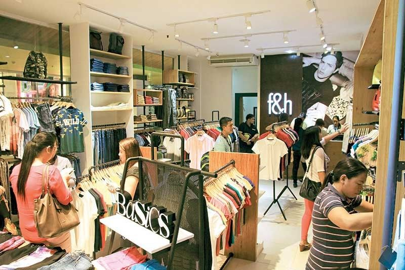 IN THE MOOD TO SHOP: Buying activities will remain strong this year as inflation eases, high salaries make people travel often and industries continue to expand, creating more job opportunities. (Sun Star File)