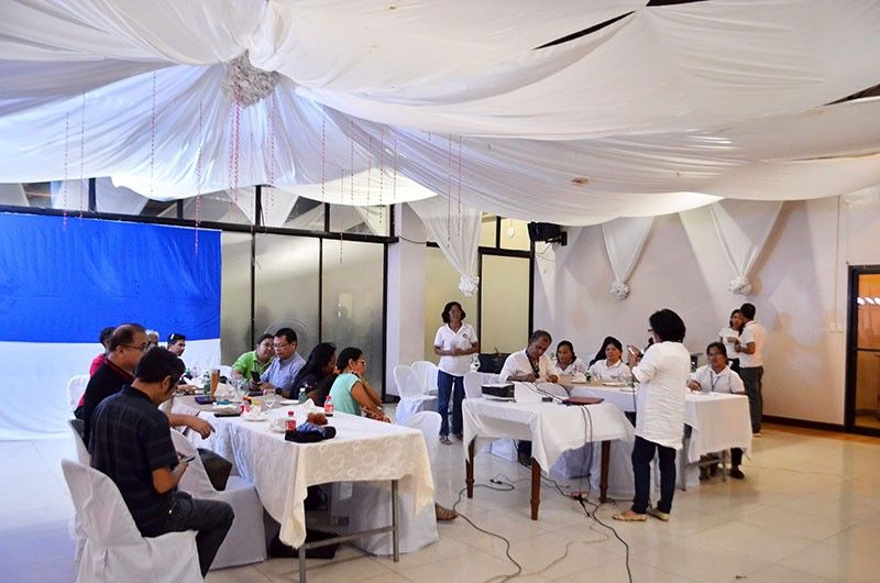 NEGROS. Provincial agrarian reform program officer I Milagros Flores (standing) speaks at the Dalayapan Eco-Park Concept Plan Presentation and Meeting at the Northland Resort Hotel in Manapla town earlier this week. (Contributed photo)