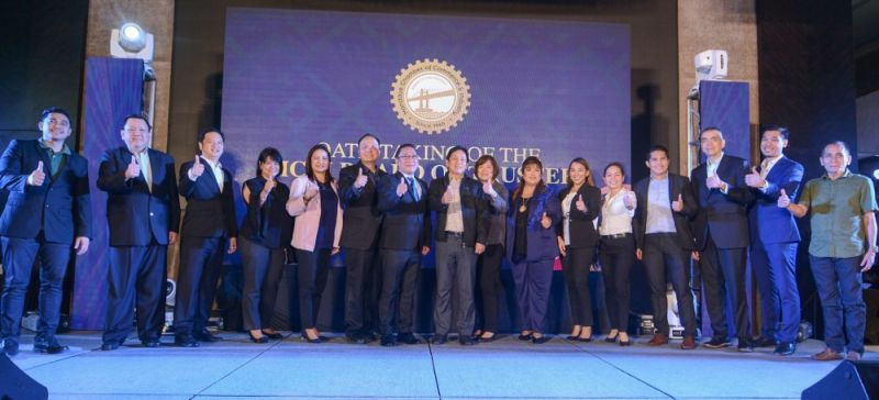 APPROVED. Members of the Mandaue Chamber of Commerce and Industry board of trustees do the thumbs up with Mandaue City officials led by Mayor Jonas Cortes and Vice Mayor Glenn Bercede to signify their approval of the launch of the Mandaue Business Month Thursday, July 25, 2019, at Bai Hotel.