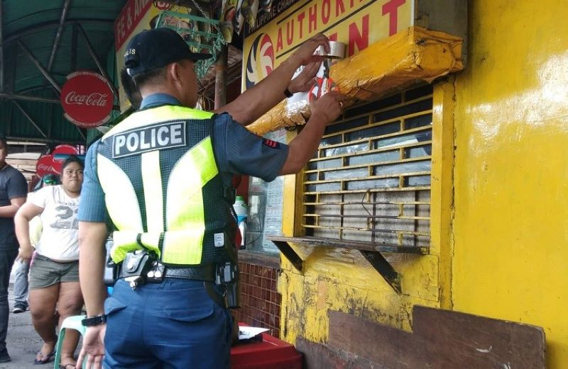 CEBU. Police Regional Office (PRO) Central Visayas Director Debold Sinas ordered his chiefs of police to close all small town lottery outlets in Central Visayas. (Photo courtesy of Fe Marie Dumaboc)