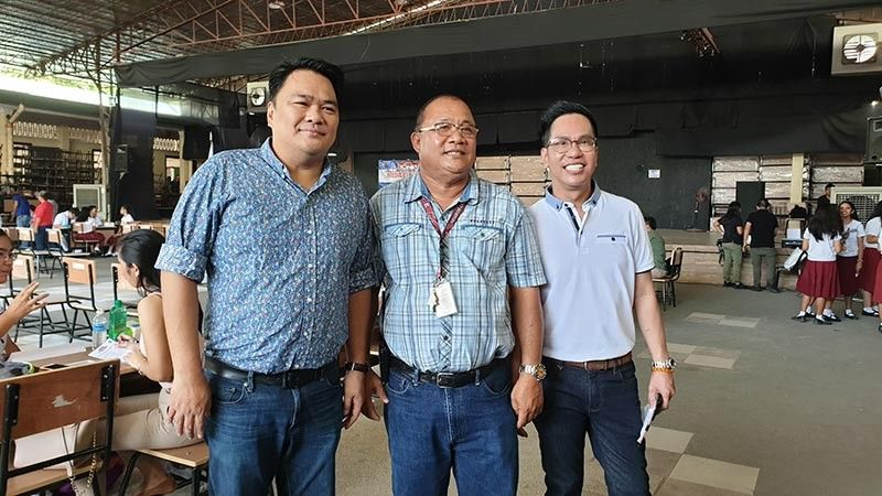 Bacolod Rep. Greg G. Gasataya with NOHS Principal Mario Amaca and NOHS Batch 1985 president Noel Iligan at the medical and dental mission organized by Batch 1985 at the NOHS campus. (Contributed Photo)