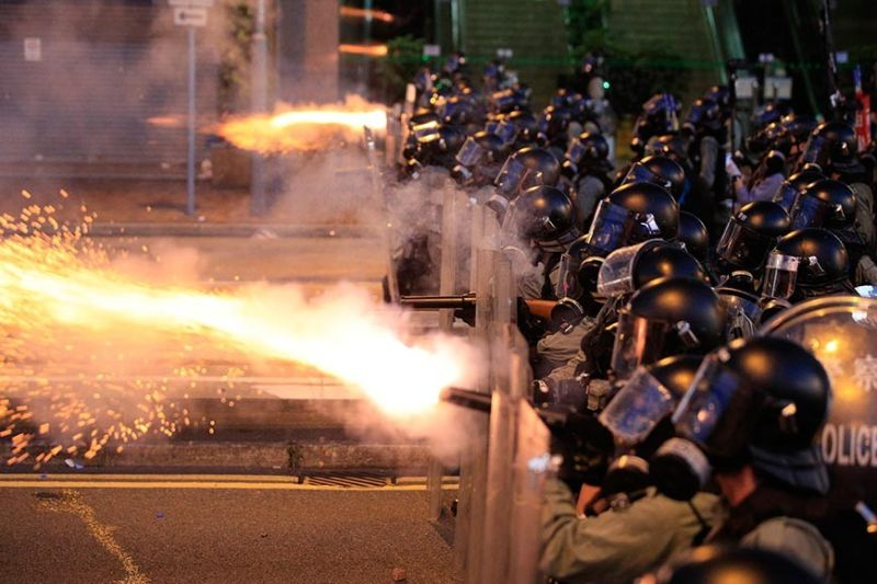 HONG KONG. Hong Kong police fire tear gas at protesters in Sai Wan, Hong Kong on Sunday, July 28, 2019. Police fired tear gas at protesters in Hong Kong on Sunday for the second night in a row in another escalation of weeks-long pro-democracy protests in the semi-autonomous Chinese territory. (AP)