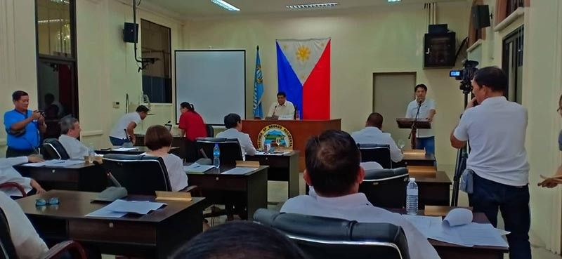 NEGROS. Provincial Consultant Alfredo Benitez presented before the provincial board his investment plans for Negros Occidental on July 30. (Photo by Teresa D. Ellera)
