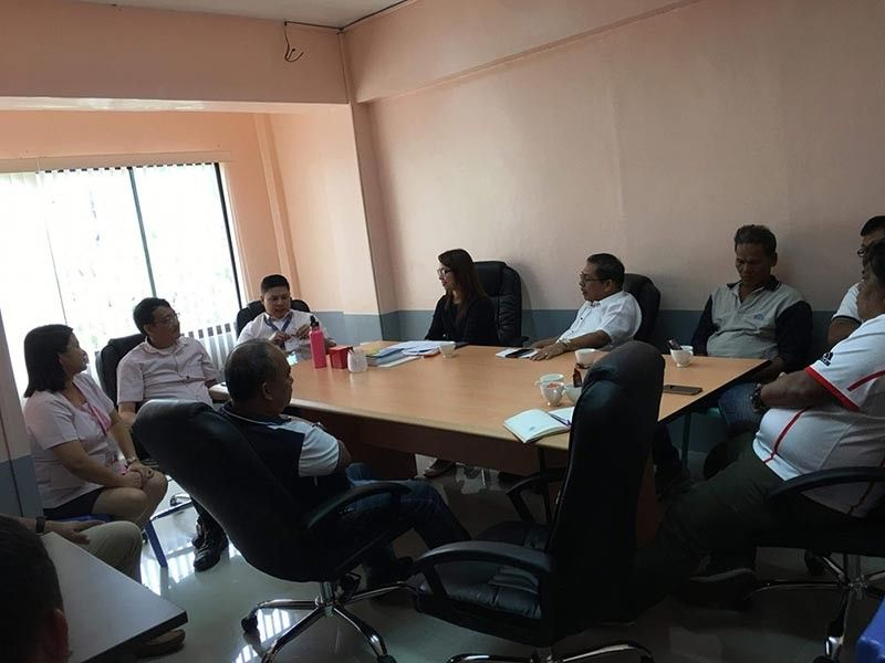 MAASIN. Maasin City Mayor Nacional Mercado, Vice Mayor Maloney Samaco and City Council members meet with the board of Maasin Water District-Prime Water company to find solution to the water shortage in the city last July 29, 2019. (Photo courtesy of Maasin City LGU)