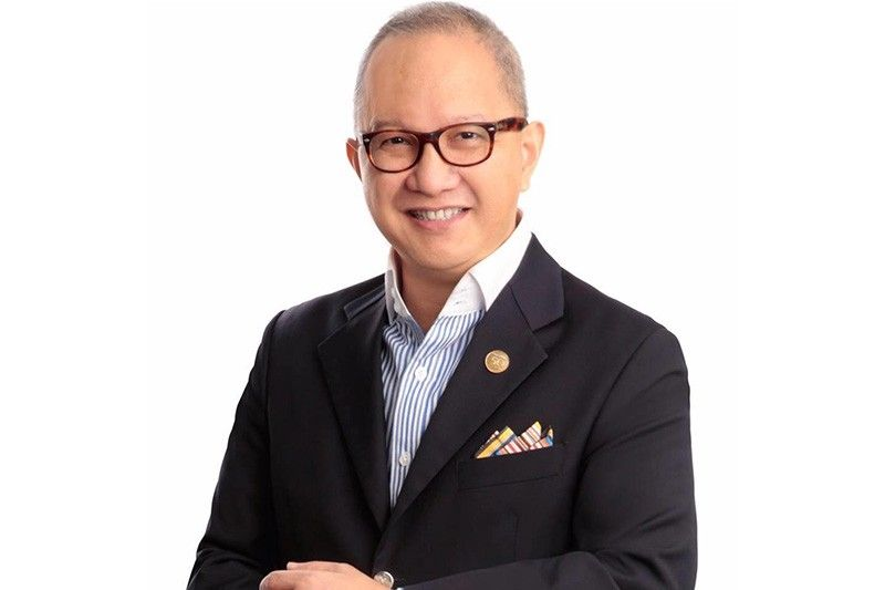 CHALLENGE ACCEPTED. RCBC president Eugene Acevedo promises to bring RCBC back as one of the top performing commercial banks in the country. (Photo grabbed from Eugene Acevedo's facebook page)