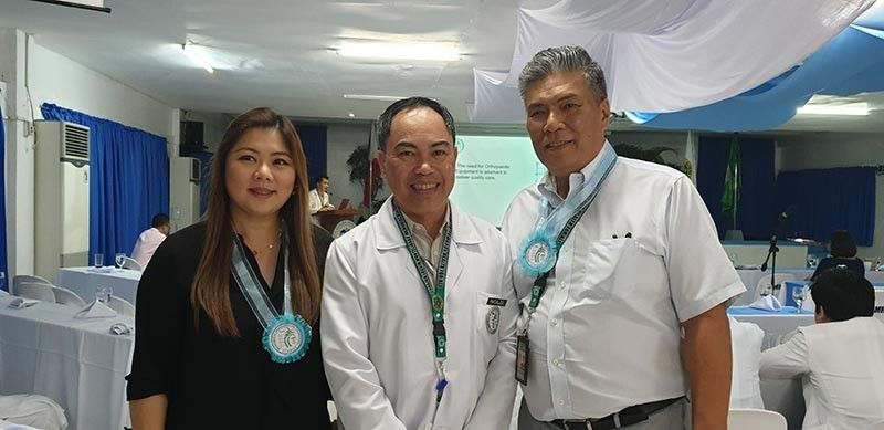 BACOLOD. Bacolod City Councilor Cindy Tan-Rojas with Dr. Teodorico H. Pacaldo, chairman of the Department of Orthopaedics and Traumatology of Corazon Locsin Montelibano Memorial Regional Hospital and Dr. Julius M. Drilon, Medical Center Chief II during the 21st anniversary of the said department held on August 1, 2019. (Contributed photo)