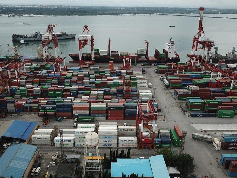 BUSINESS IS GOOD: Cebu Port Authority says the ports in the province enjoy an overall positive performance in the first half of 2019. 9 (SunStar file)