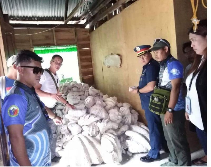 BACOLOD. Seven tons of endangered giant clams worth P28 million were recovered by authorities at Hda. Juliana, Brgy. Washington, Escalante City on August 2. (Photo courtesy of Negros Occidental Provincial Police Office)