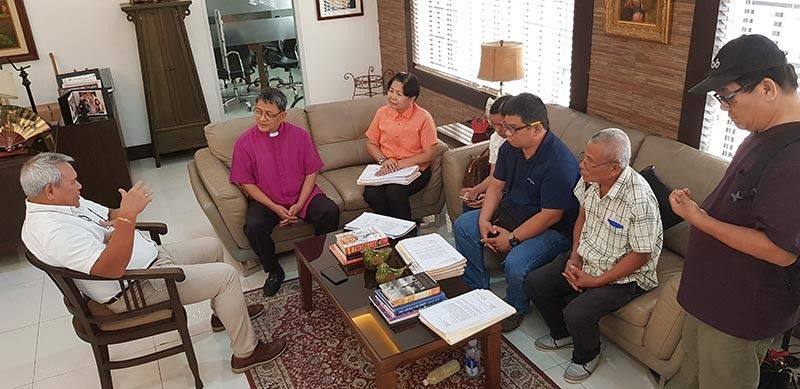 CAGAYAN DE ORO. Media organization, human rights groups, and religious sector leaders visit the office of Cagayan de Oro City Mayor Oscar Moreno (left) Tuesday, August 6, 2019, to submit a joint appeal to protect them from red-tagging, and hoping the City Government will lead in putting a stop against the people behind accusing these leaders and its members as communist rebel sympathizers. (Nef Luczon)