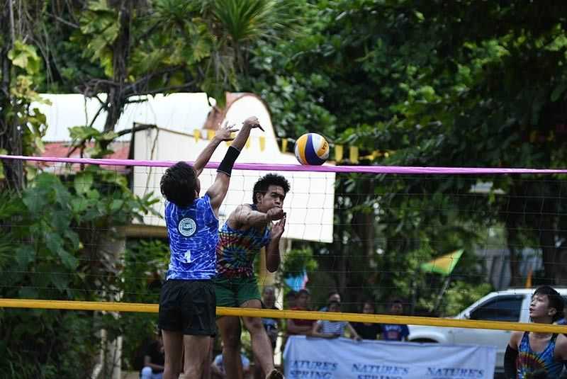 DAVAO. Kobe Miranda of Ateneo de Davao University goes for a kill during the 34th Kadayawan Sports Festival Inter-High School Beach Volleyball Tournament 2019 boys championship match against Maryknoll School of Lupon-A at the Felis Beach Resort Complex Sunday, August 4. (Photo by D'Artagnan Yambao)