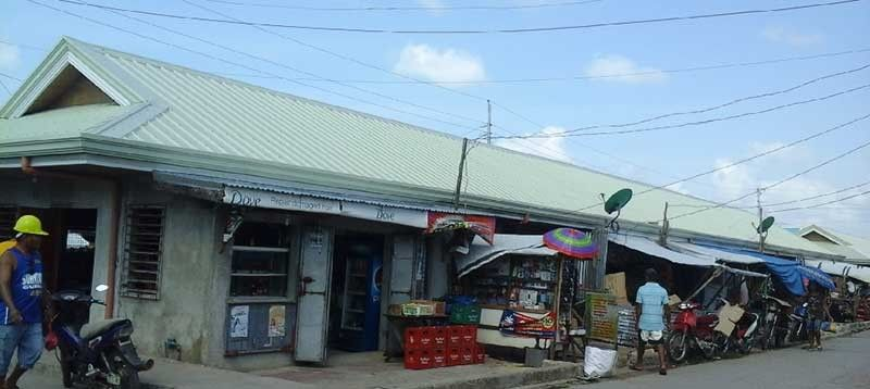 EASTERN SAMAR. Some 105 vendors/stall owners in Guiuan, Eastern Samar are now benefiting from the completed rehabilitation of Guian Public market amounting to P13 million. This is one of the 308 completed municipal facilities under the DILG-RAY Batch 1 Program. (Photo from DILG)