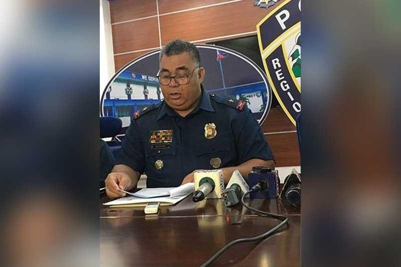 POSITIVE: Si Police Regional Office Director Debold Sinas mipahibawo sa mga tigbalita kalabot sa pagkapositibo sa drug test sa tulo ka mga pulis nga sakop sa Cebu City Police Office (CCPO). (File photo)