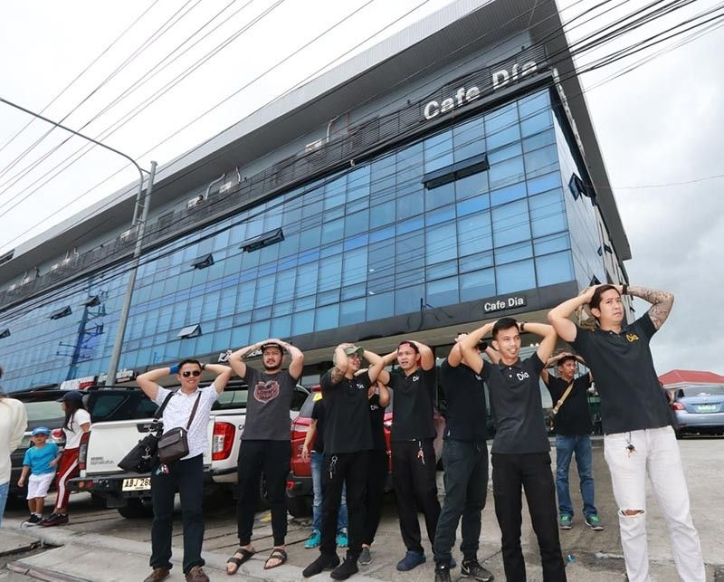 PAMPANGA. Employees of Cafe Dia, located at Korean Town in Angeles City, participate in the nationwide earthquake drill Thursday, August 8, 2019, organized by the Angeles City Disaster Risk Reduction and Management Office upon instructions of Mayor Carmelo Lazatin in coordination with the Department of the Interior and Local Government, Philippine National Police, Bureau of Fire Protection, Korean community and other stakeholders. (Chris Navarro)