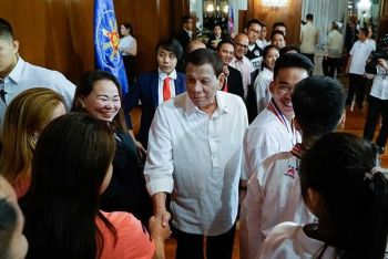 MANILA. President Rodrigo Duterte congratulates the staff of the Shoshinkan Intl. Phils. who paid a courtesy call on the President at the Malacañan Palace on August 6, 2019. The karate team emerged overall champion in the Formosa Cup held recently in Taiwan. (Presidential Photo)