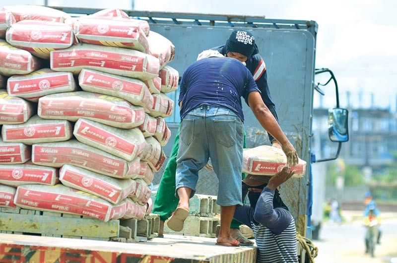 IMPORTS RISING: The government's massive infrastructure projects all over the country boost import flow of construction materials like cement. Romel Arepo, customs broker at Aropo Customs Brokerage, says they expect import demand to pick up starting this quarter as holiday season kicks in. (SunStar file)
