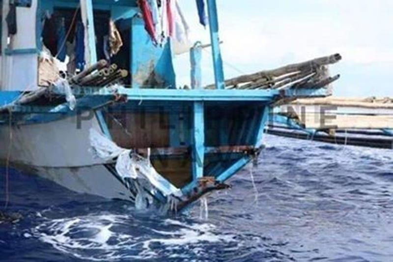 Philippine fishing boat Gem-Ver1 was wrecked after it was struck by a Chinese vessel near Recto Bank on June 9, 2019. (File Photo)