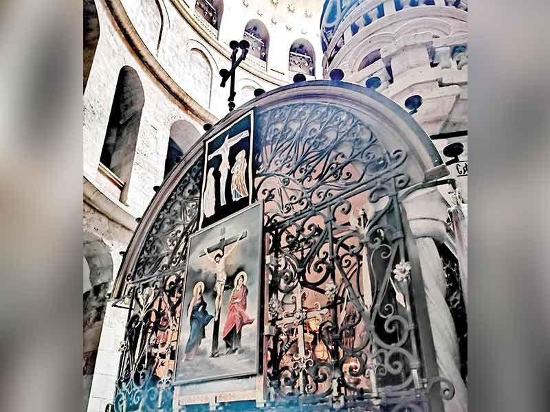 Back of Christ's tomb. (Photo by Grace M. Avanzado)