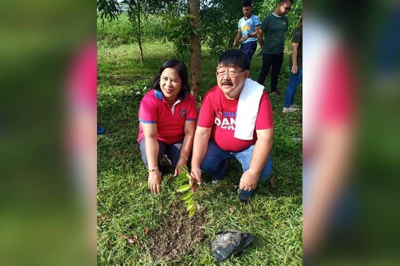 PAMPANGA. Mayor Dante Torres led Thursday, August 29, 2019, tree planting activity in Guagua town. (Ian Ocampo Flora)