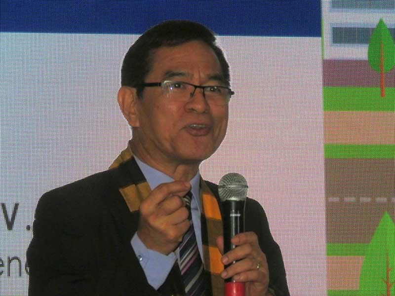BETTER BUSINESS ENVIRON-MENT: Ernesto Perez, deputy director general of the Anti-Red Tape Authority, says the Ease of Doing Business Law aims to protect the people and businesses as well as foreign direct investors, to keep the country's economy growing. (SunStar Photo/Allan Cuizon)