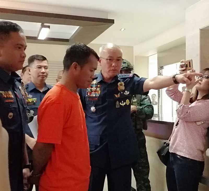 MANILA. Philippine National Police Chief Oscar Albayalde berates Patrolman Leo Valdez during a press conference Tuesday, September 3, 2019. (Third Anne Peralta-Malonzo/SunStar Philippines)