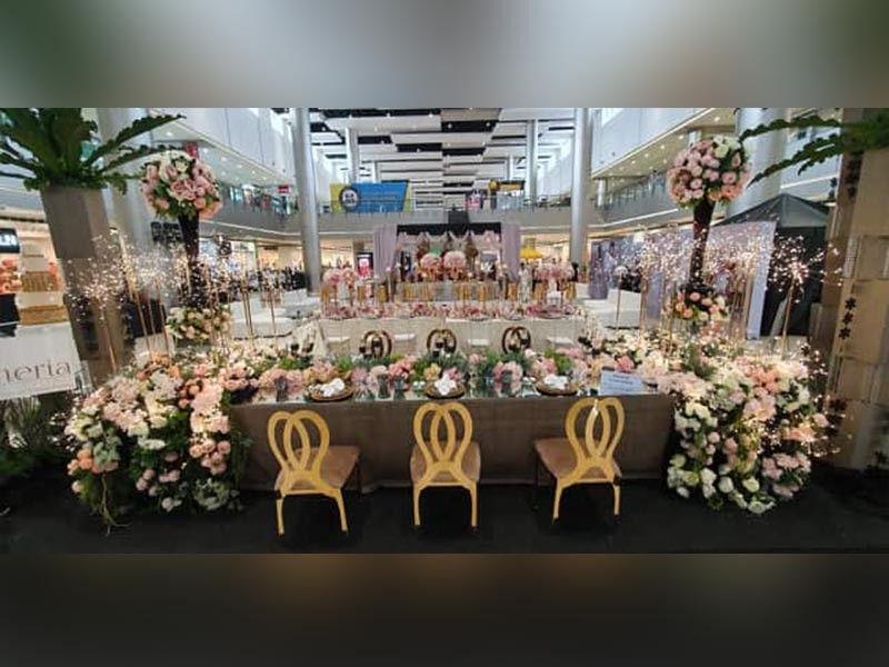 "PAMPANGA. The ""Dream Themes"" is a collaboration between SM Supermalls and the premier wedding magazine in the country, Wedding Essentials."