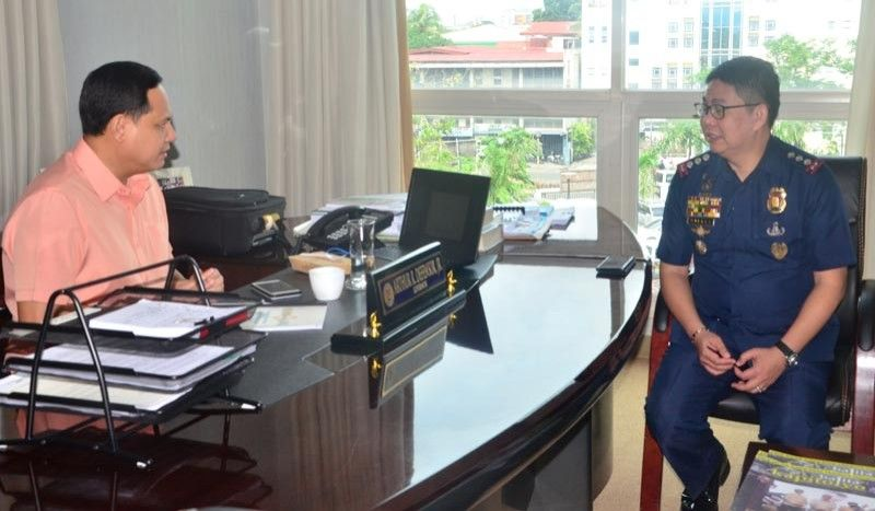 "ILOILO. Governor Arthur Defensor, Jr. asks new Iloilo Police Provincial Office (IPPO) director Police Colonel Roland Vilela to help in the creation of the ""Bantay Dalan"" Task Force that will ensure road safety and the same time security during his courtesy call on September 4, 2019. (Contributed photo)"