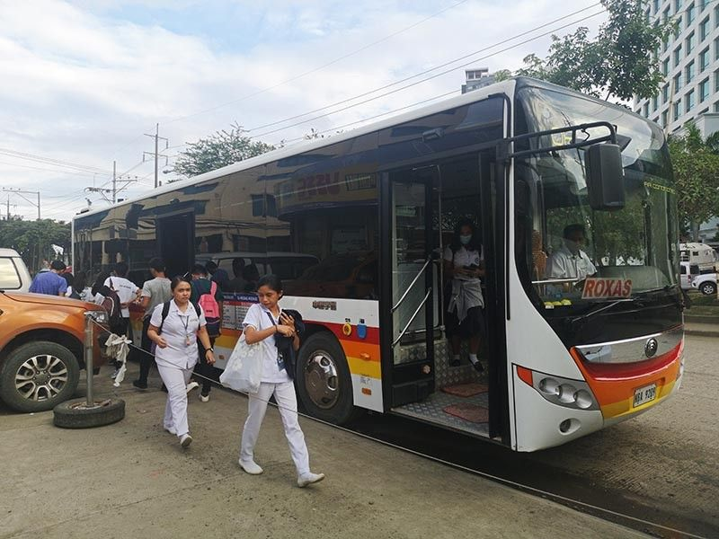 A LONG WAIT. Despite the positive feedback from the commuters, Peak Hours Augmentation Bus System has yet to be turned into a 24-hour system following the survey conducted by the Davao City Transport and Traffic Management Office with the government yet to release updates based on the survey. (Macky Lim)