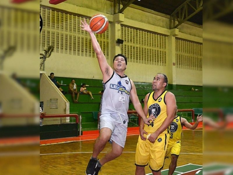 NO OBSTRUCTION. A player from 1Cebu Lex Idols gets an uncontested layup against the Dissenters Bad Boys. (Contributed Photo)