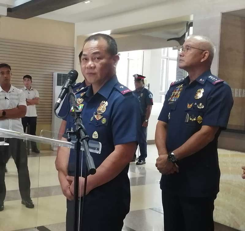 MANILA. Brigadier General Arnel Escobal, Bicol Police Regional Office director, answers questions from the media during a press conference at Camp Crame on September 5, 2019. Behind him is Philippine National Police Chief Oscar Albayalde. (Photo by Third Anne Peralta-Malonzo/SunStar Philippines)