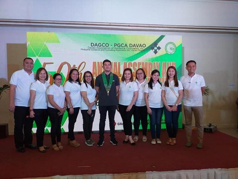 DAVAO. Acting Davao City Mayor Sebastian Duterte with participants. (Photo by Apple G. Alvarez)