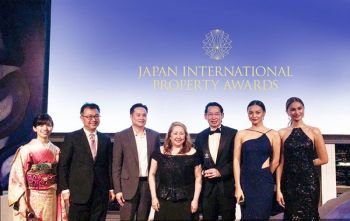 At the awards night: (from left) Seika Ito, musical singer, representative of Eigo de Dance; Chihiro Shimizu, professor of Nihon University and fellow MIT in Real Estate with ArthaLand Team; Oliver Chan, senior vice president for Sales and Management, Project Services; Michelle Tuason, sales director; Leonardo Po, executive vice president and treasurer; Kylie Versoza, Ms. International 2016; and Yvethe Santiago, Bb. Pilipinas Supranational 2014