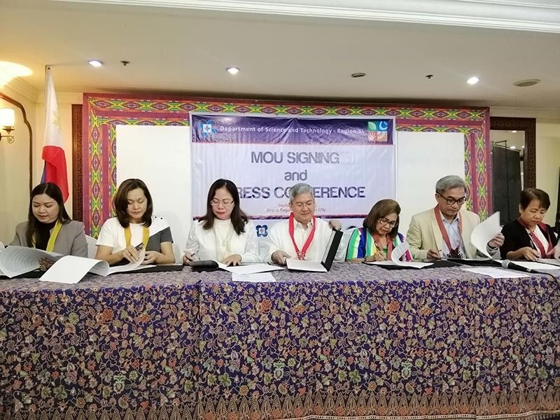 DAVAO. Memorandum of Understanding of the Regional Science Centrum held on Monday, September 9, 2019, at the Grand Regal Hotel. (Ralph Lawrence G. Llemit)