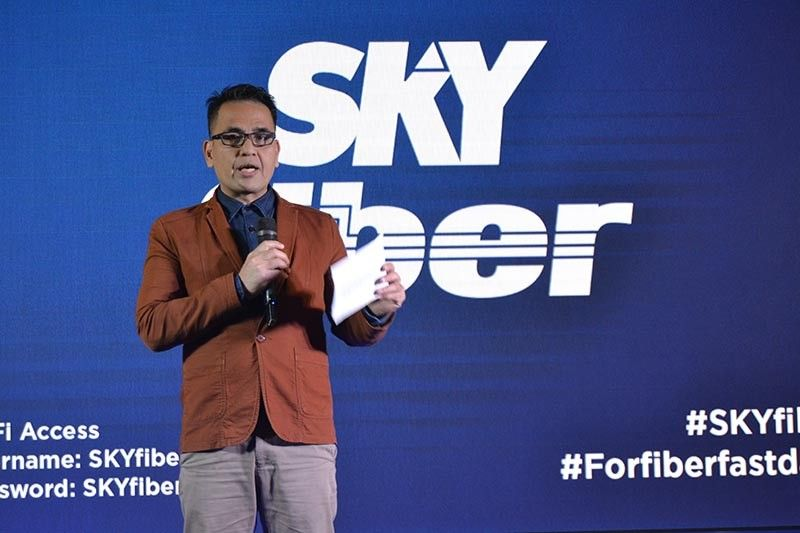 DAVAO. Jerico Marcos, Sky General Manager for Davao, announced that Sky Fiber is offering fiber-fast home internet subscription plans called the Super Speed Plans, which includes Plan 5Mbps (P999), Plan 25Mbps (P1,499), and Plan 50Mbps (P1,999). (Photo by RJ Lumawag)
