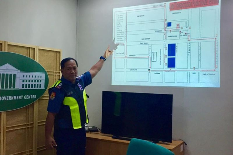 BACOLOD. Bacolod Traffic Authority Office head Police Lieutenant Colonel Luisito Acebuche presents the new southbound traffic rerouting scheme to media, September 9, 2019. (Merlinda A. Pedrosa)