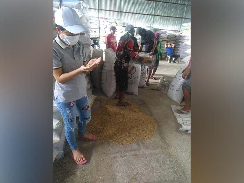 BACOLOD. NFA-Negros Occidental starts to implement the new buying price of clean and dry palay at P19 per kilogram. (Contributed Photo)