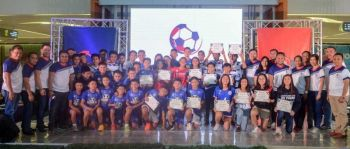 BEST OF CEBU.  The outstanding Cebuano footballers who had joined various national teams and won in national tournaments get honored during the launch of the AboitizLand Football Cup. (SUNSTAR FOTO / ARNI ACLAO)