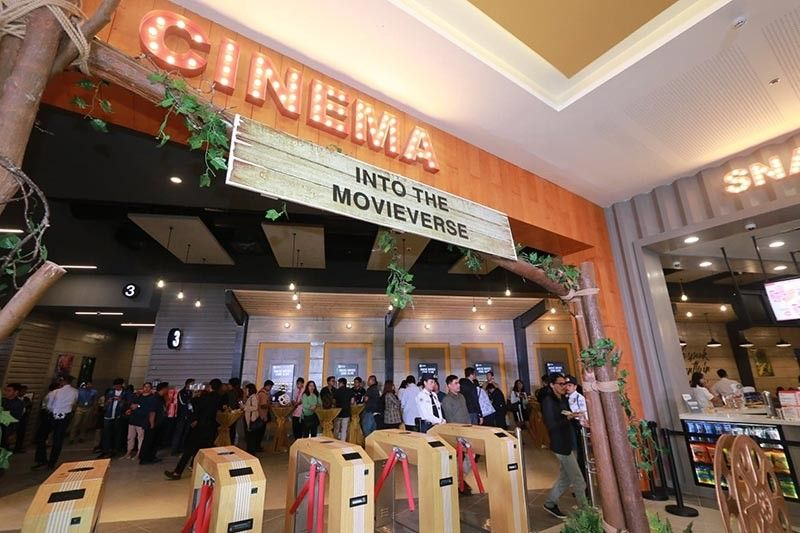 PAMPANGA. Opus chairs at the SM Cinema of SM Olongapo Central elevate movie experience. (Photo by Chris Navarro)