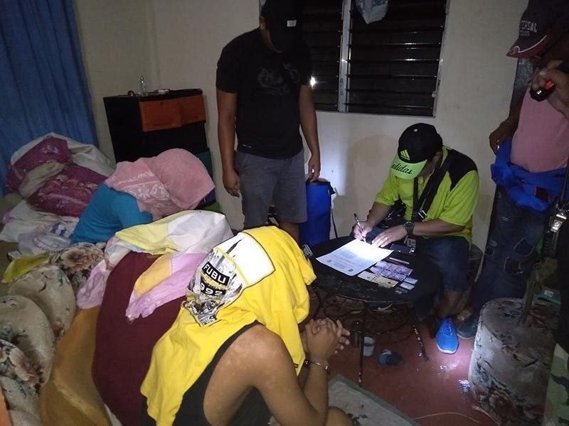 Three drug personalities arrested in a drug bust in Barangay Singcang-Airport, Bacolod City Sunday evening. (Courtesy of Police Station 8)